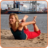 hafen-yoga in hamburg